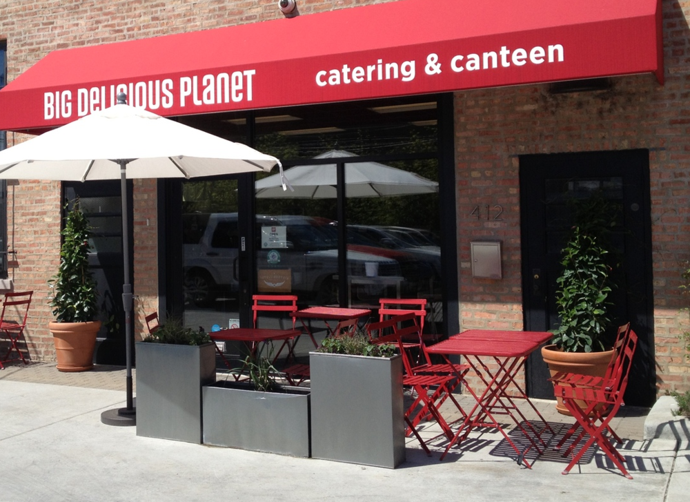 Dining al fresco at the Canteen.