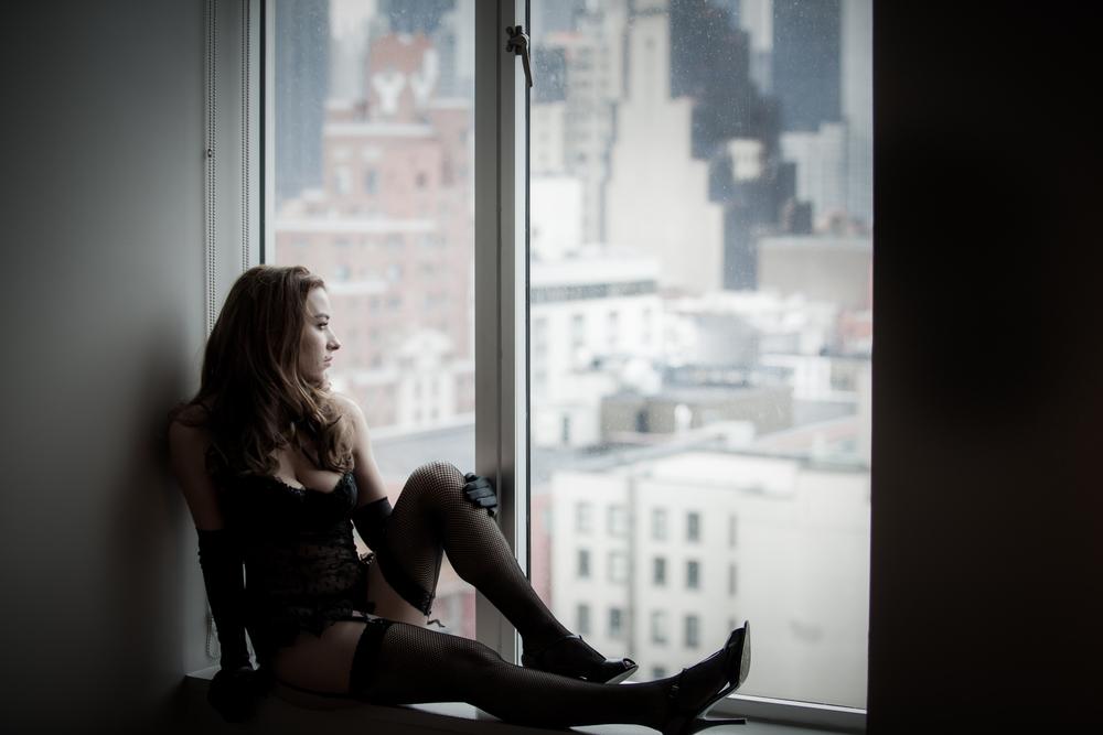 NYC-NJ-Classy-elegant-boudoir-garter-belt-cate-scaglione