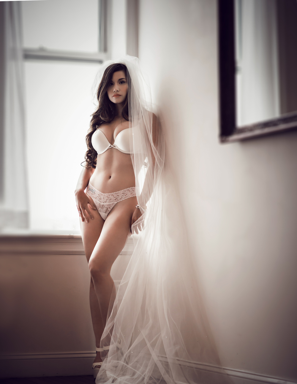 BOUDOIR-NYC-RED BANK-NJ-BRIDE-BRUNETTE-VEIL