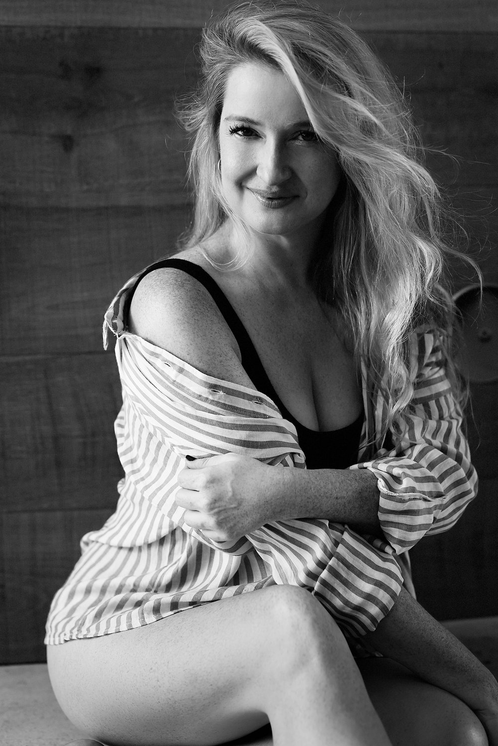LIFE AS FINE ART OWNER + ARTIST CATE SCAGLIONE Image courtesy of Kara Marie | Kara Marie Boudoir, Austin, TX