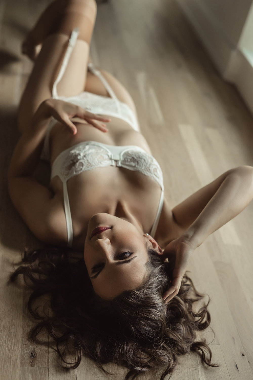 CATE SCAGLIONE-RED BANK BOUDOIR-kmberl (41 of 45).jpg