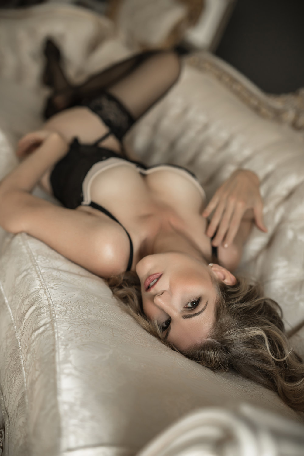 CATE SCAGLIONE-RED BANK BOUDOIR-AMBER (7 of 51).jpg