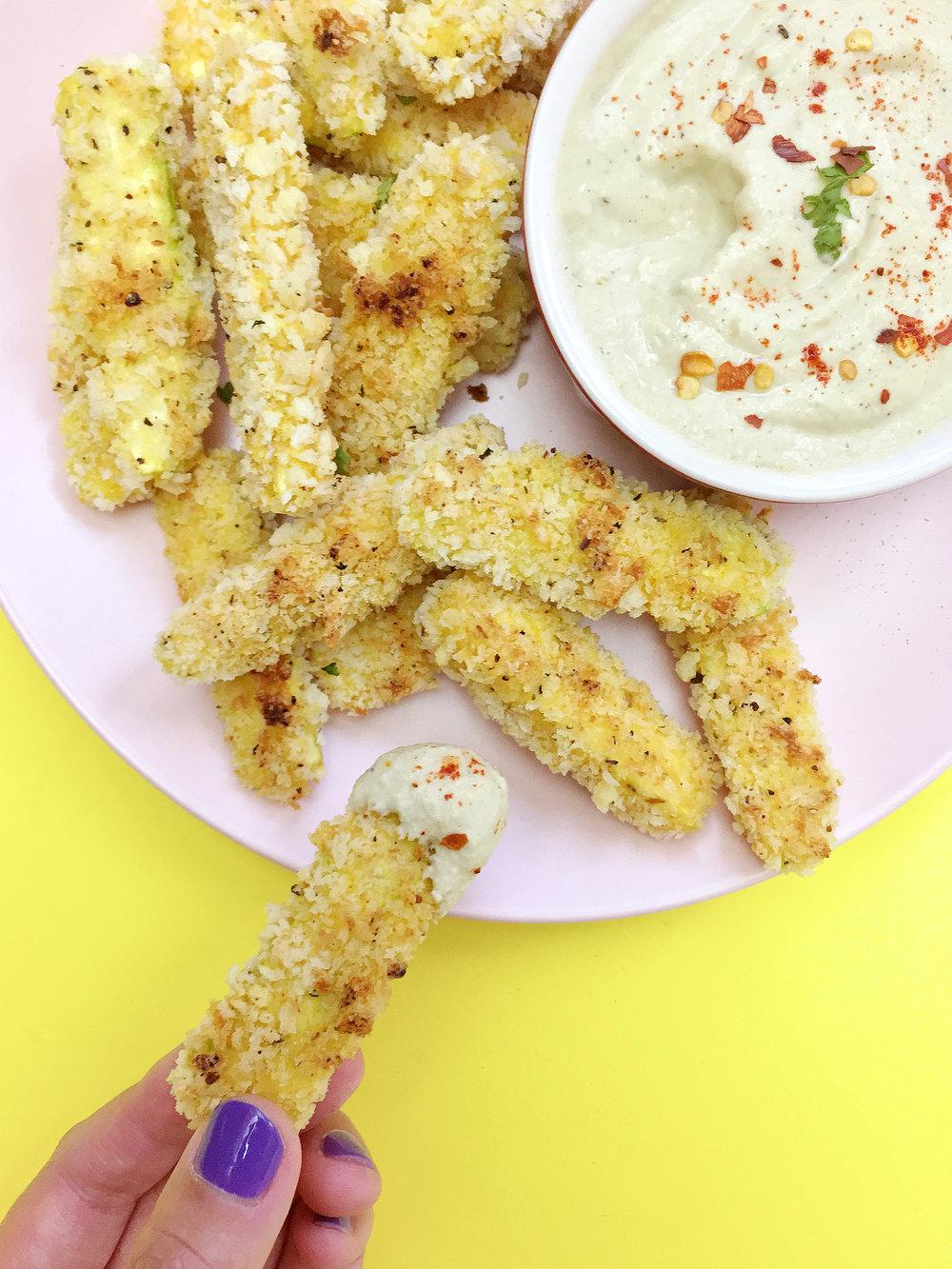 amy_chen_design_vegan_baked_panko_zucchini_sticks_fries_garlic_cashew_cream_sauce_dip_hand.jpg
