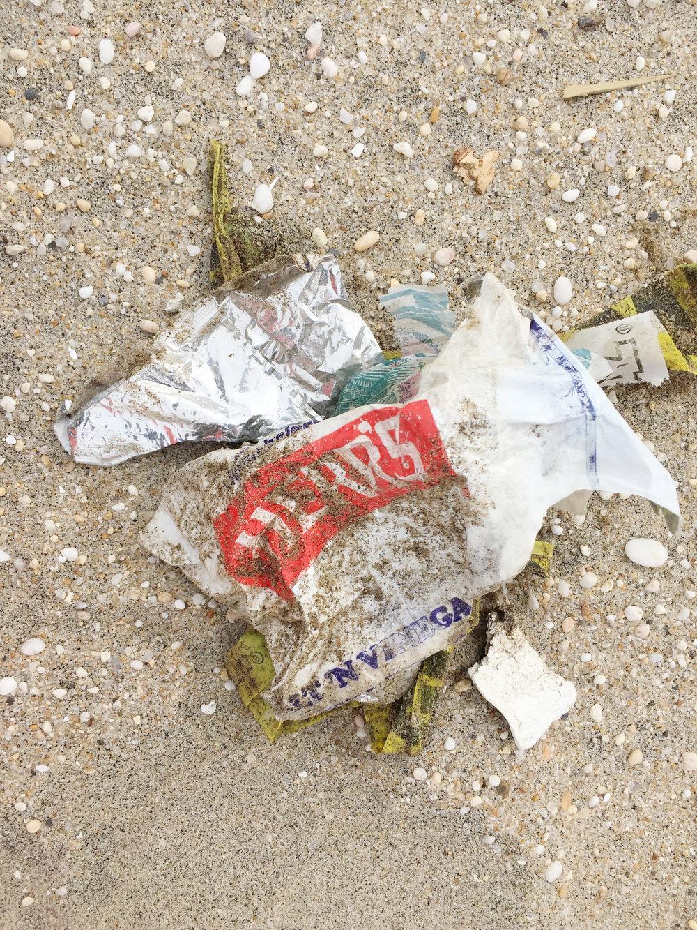 amy_chen_design_surfrider_asbury_park_new_jersey_beach_clean_plastic_food_packaging.JPG