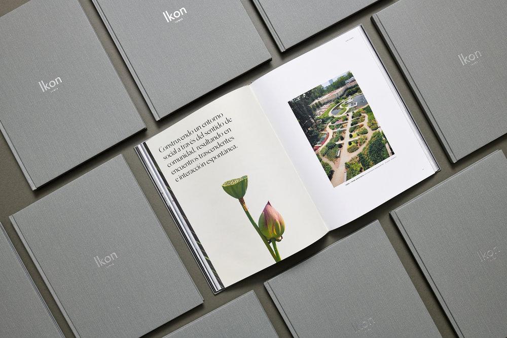 LAT_Ikon_Book_Flowers.jpg
