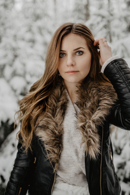 ashley_schulman_photography-winter_wedding_tampere-16.jpg
