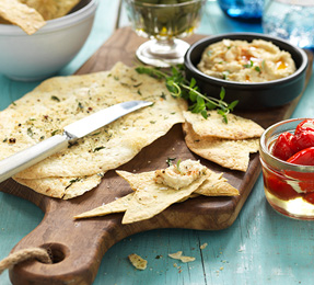 WRAP CHIPS WITH DIPS