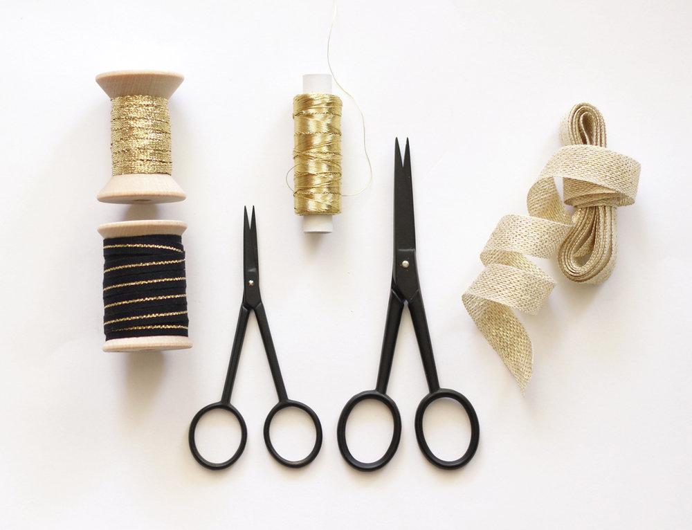 black silhoutte scissors- studio cartaS.jpg