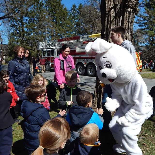 Don't miss the 31st Annual Easter Egg Hunt on #HuguenotStreet tomorrow! Free and open to the public for participants ages 1-12. Sponsored by the New Paltz Youth Program and the #NewPaltz Police Department.
