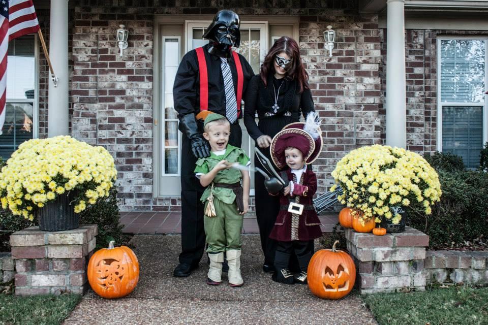 family halloween 2014.jpg
