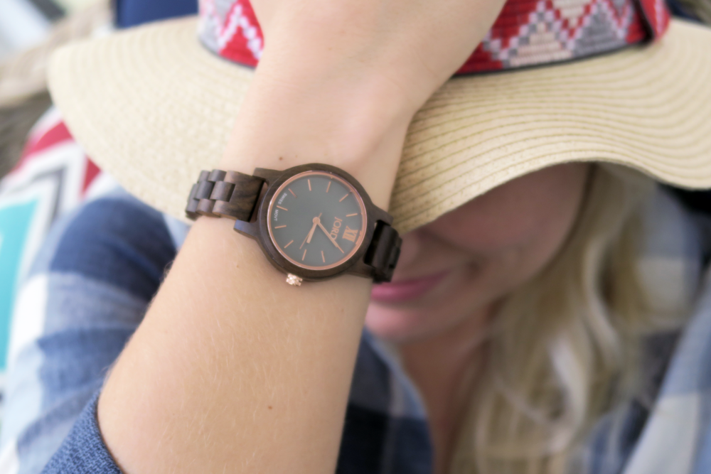 arielle-the-southern-influence-watch-jord-wooden-watch-spring-break-spring-style-unique-watch-post