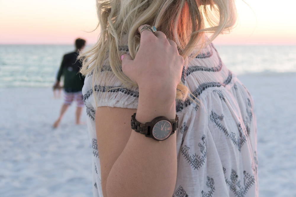 arielle-the-southern-influence-watch-post-frankie-35-series-jord-wooden-watch-spring-break-post