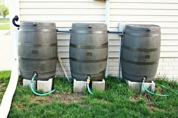 Basic Rainwater Barrel System, www.lastormwater.org