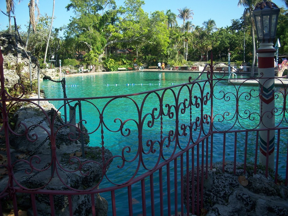 Coral_Gables_FL_Venetian_Pool01.jpg