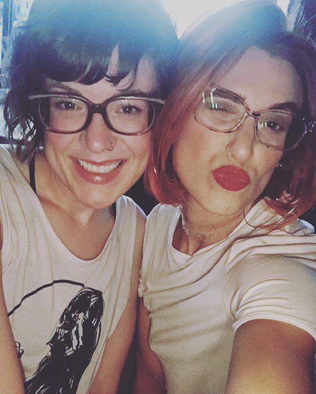 My beautiful sissy and I at Bingo Tunes, OTR 🙌 . . . #babes #redlips #ginger #redhair #redhead #sisters #fashion #fashionblogger #style #styleblogger #yeg #yegfun #yeglive #ontherocksedmonton #ontherocks #bingotunes