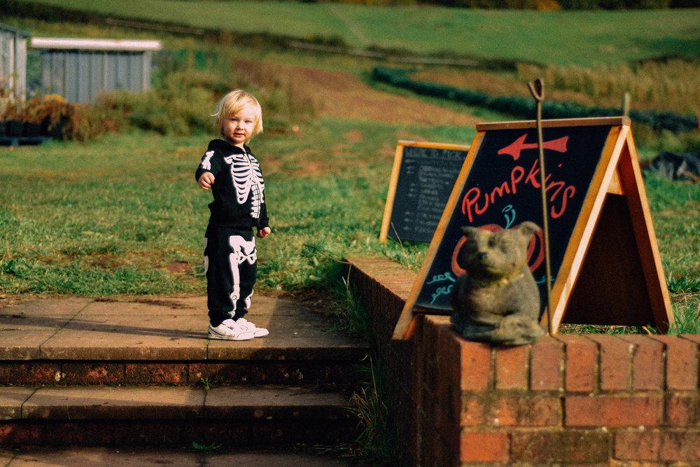 ShannahLauren(Halloween)-15.jpg
