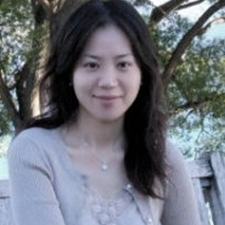 Janice teaches beginner students. She has over 15 years teaching general music in elementary schools.She is experienced in CM exam preparation. B.M.E. from National Hsin-chu University.