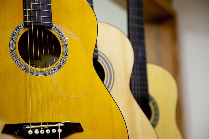 beginning guitar.jpg