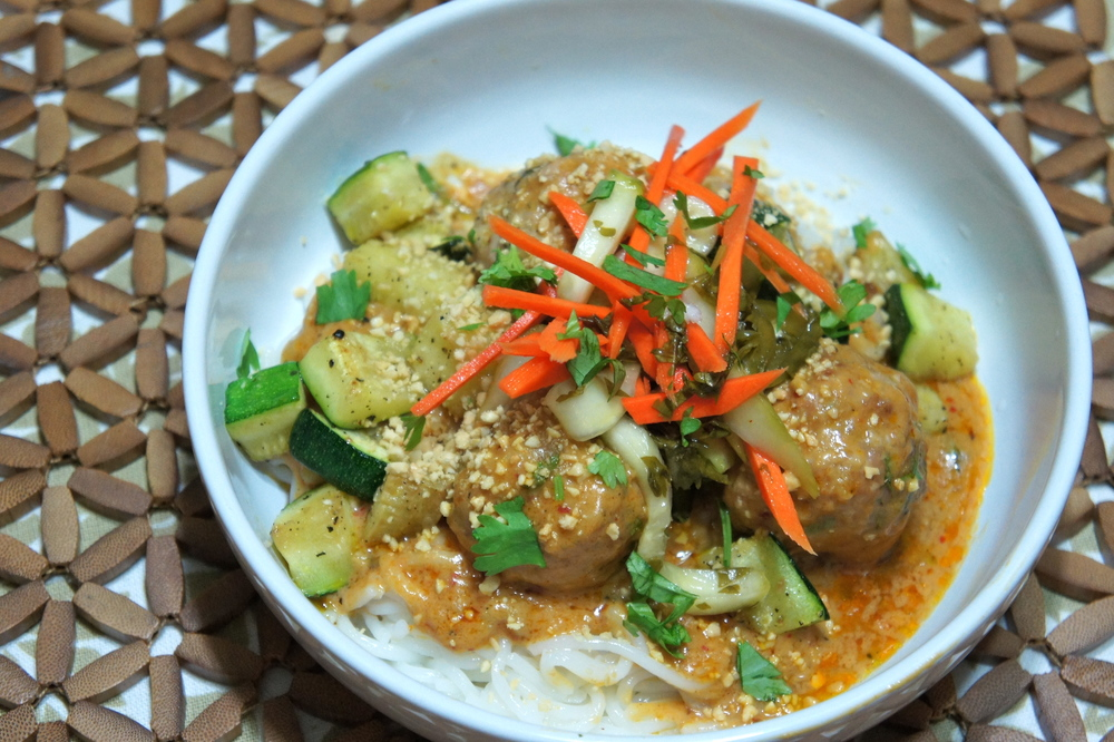 Thai Meatballs with Red Curry Peanut Sauce