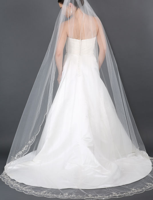 V7176C   Scallop embroidered cathedral veil
