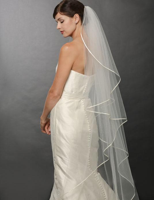V7250 Cascading ribbon edge veil