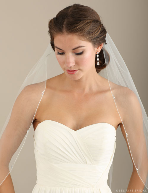 V7302 1-tier fingertip veil with rhinestone accents