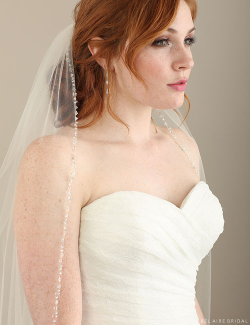 V7301 1-tier fingertip veil with beads and crystals