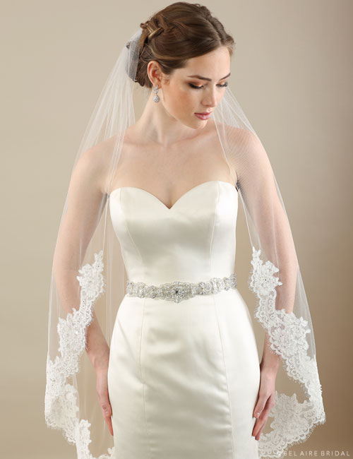 V7300 1-tier veil with Alençon lace