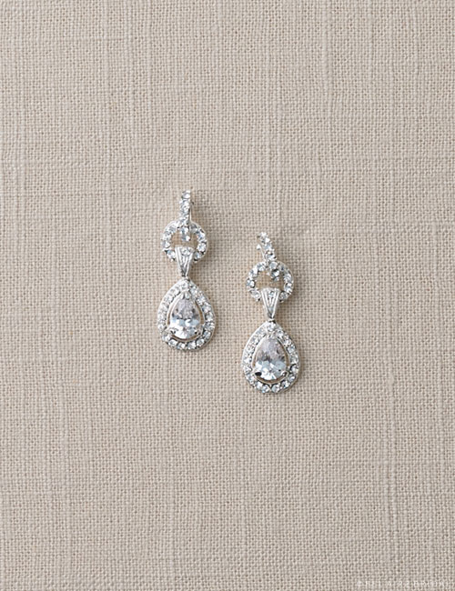 EA225 Teardrop pavé earrings