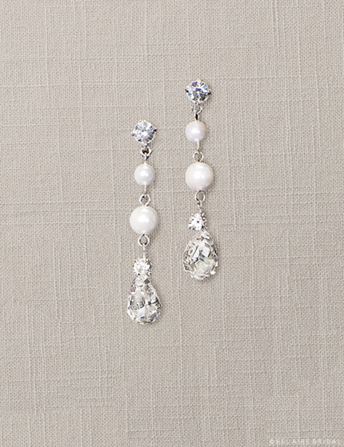 EA201 Pearl drop crystal earrings