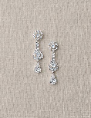 EA204 Pear shape crystal drop earrings