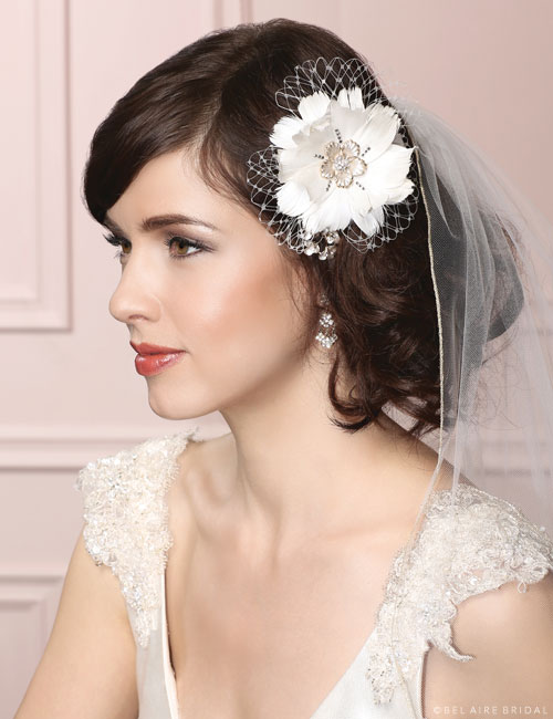 6453 Feather flower clip with French net