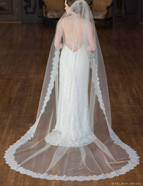 V7359CX   1-tier cathedral veil with Chantilly lace