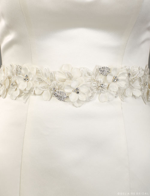 BT066 Floral belt with lace leaves