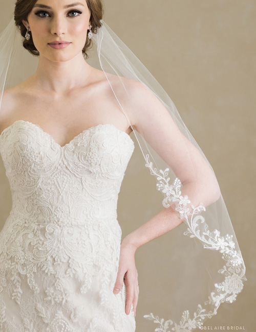 V7381   1-tier rolled edge veil with embroidered flowers