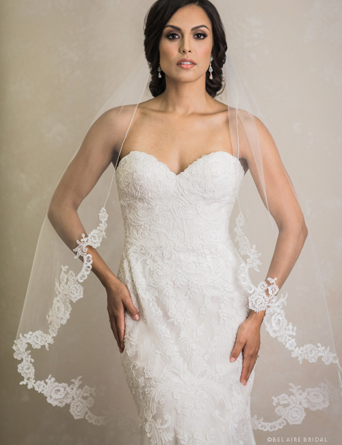 V7391   1-tier veil with rolled edge and unbeaded Alençon lace