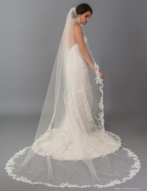 V7391CX 1-tier cathedral veil with  Alençon lace