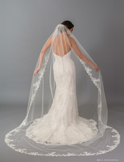V7406CX   1-tier cathedral veil with  dramatic floral lace
