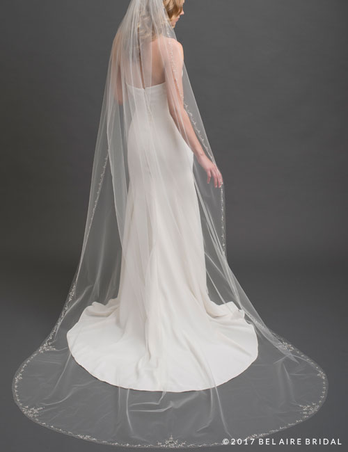 V7434C   1-tier cathedral veil with design of rhinestones