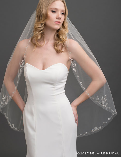 V7434 1-tier fingertip veil with beautiful design