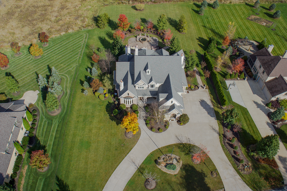 Aerial Imagery used to capture a sprawling property of this lovely Ohio home.