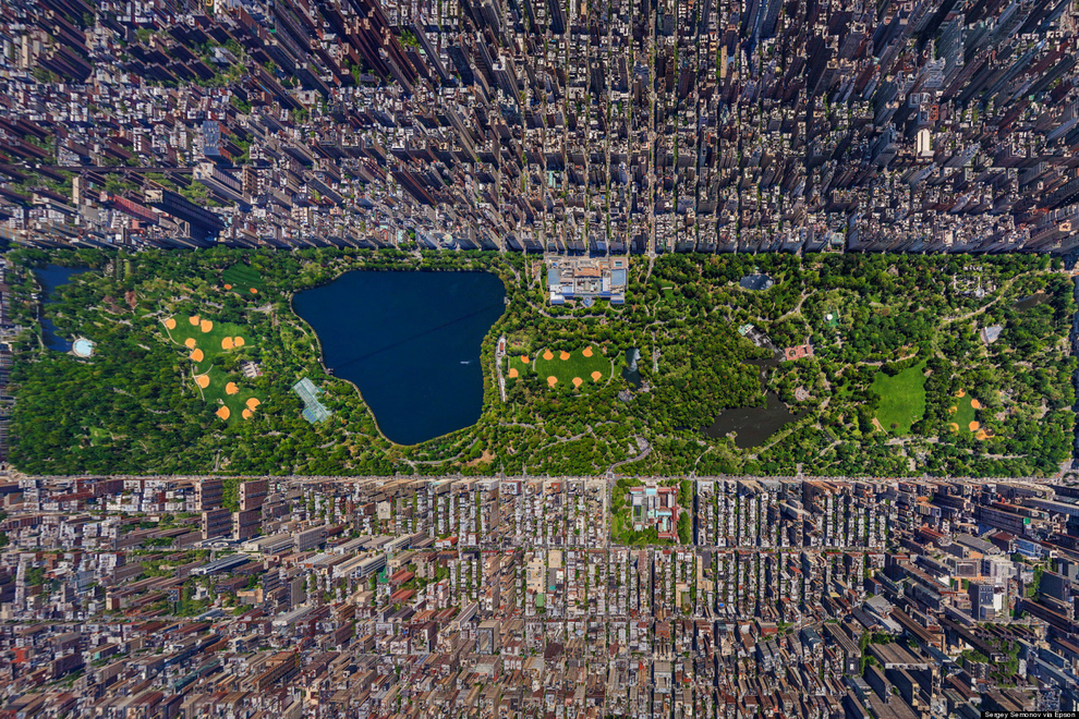 New York City, USA    This picture perfectly demonstrates just how huge Central Park is, especially in such a densely packed city. Its real-estate value has been appraised at   $528.7 billion   dollars. Not that it ever will (or should) be sold. ( via )