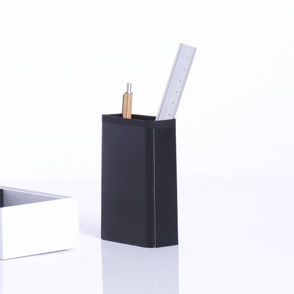 Pencil Cup - Cable carton in Macbook boxes