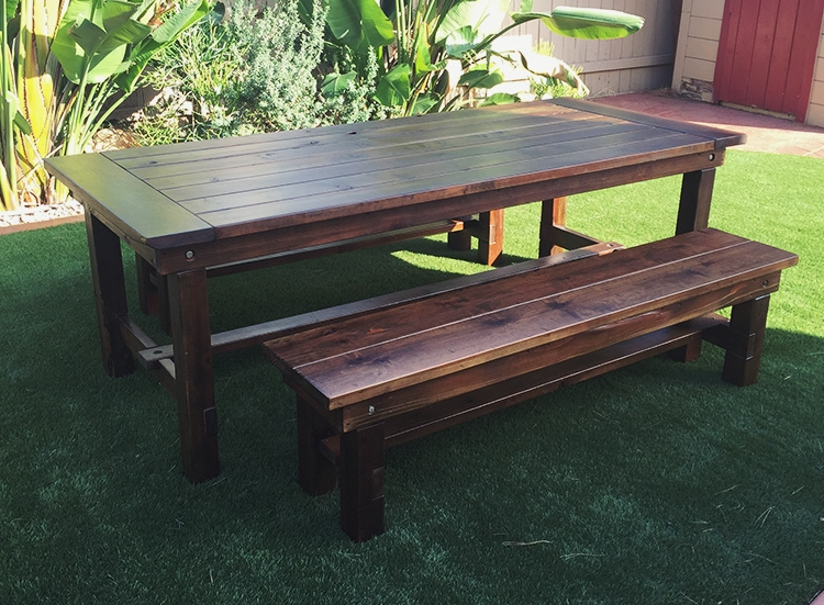 Rustic_farm_benches