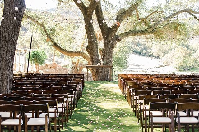 Here's a sneak peek of the Ceremony set up of OUR wedding! More photos coming soon. Interested in this beautiful Venue? ⠀⠀⠀⠀⠀⠀⠀⠀⠀ ⠀⠀⠀⠀⠀⠀⠀⠀⠀ Venue: The Double G Ranch ⠀⠀⠀⠀⠀⠀⠀⠀⠀ Rentals: Stecklair Event Co. ⠀⠀⠀⠀⠀⠀⠀⠀⠀ Photography: @shiannacook ⠀⠀⠀⠀⠀⠀⠀⠀⠀ ⠀⠀⠀⠀⠀⠀⠀⠀⠀ #farmtables #weddingtables #rusticweddingtables #woodtables #rusticwedding #sdwedding #sandiegowedding #weddinginspiration #engaged #bridetobe2019 #weddingrentals #specialtyrentals #eventrentals #tablerentals #woodworking #weddingideas #farmtablerentals #bride #married #sdvenues #sandiegoweddingvenues