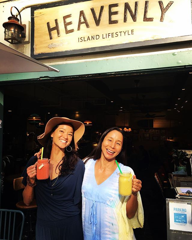 🍓🍍🍌Excited about our Delicious Smoothies at @heavenly.hi 💛🧡 . ☺️Developing new healthy fruity blends with @angelamakivernon 👍🏽 . 🙏🏽 Stop by ✨Heavenly Cafe ✨ in the heart of Waikiki for a smoothie and a delicious meal for breakfast, lunch or dinner! 😆 . #heavenlycafe #heavenlycafewaikiki #smoothie #waikiki #hawaii #oahu #healthysmoothie
