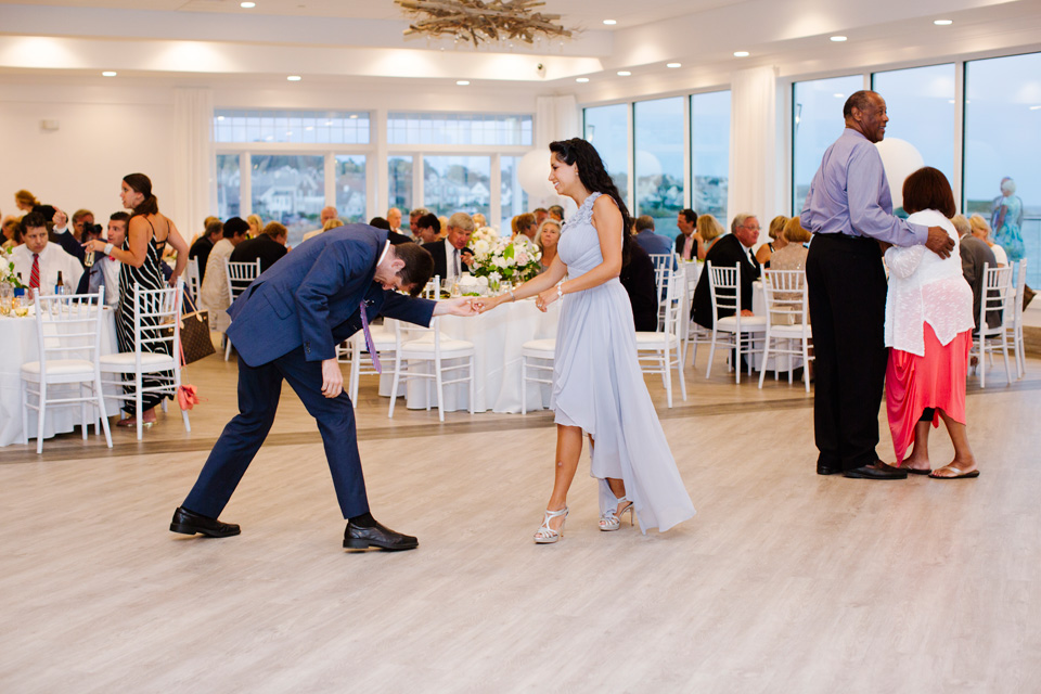 Newport_Wedding_Photographer047.jpg