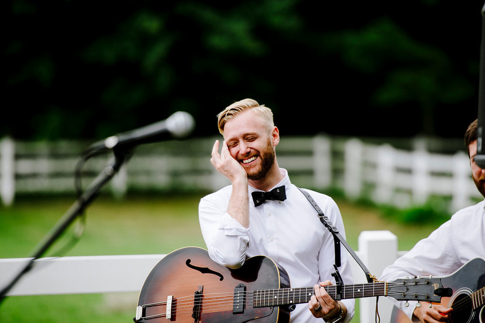 Choosing the right musician for you wedding