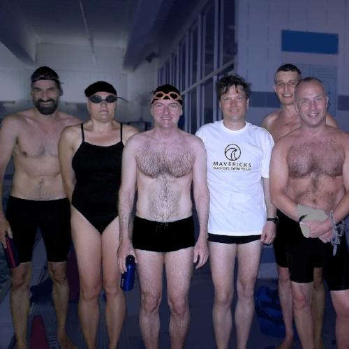mavericks-usms-swim-team.jpg
