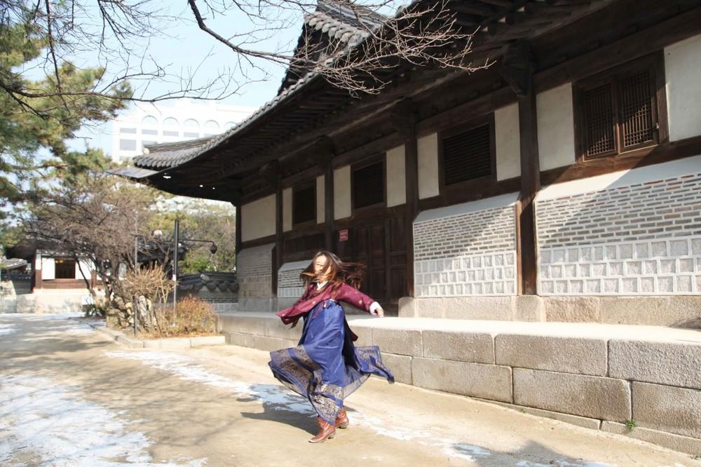 hanbok-twirl-1024x682.jpg